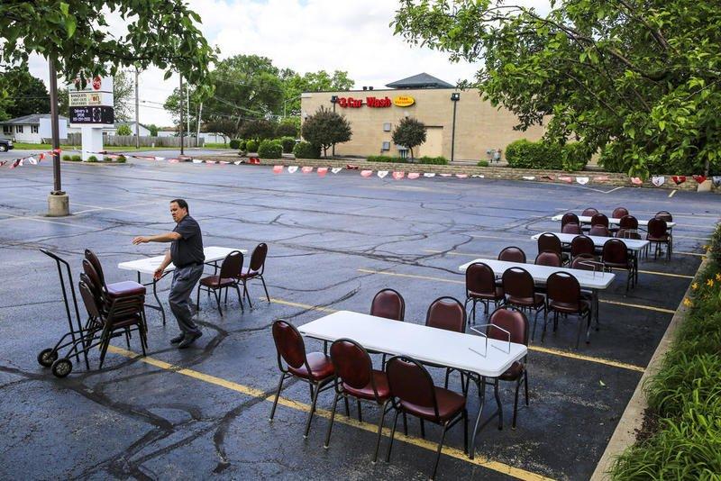 outdoor seating restaurant parking lot risk management