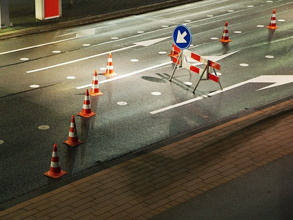 traffic safety cones highway construction zones