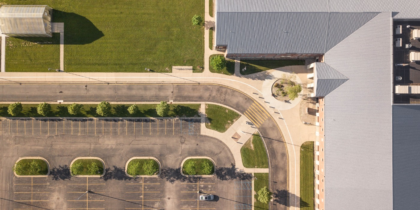 School Parking Lot Safety Tips That All Administrators Need To Know