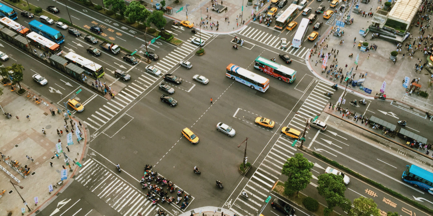 us cities improving traffic and pedestrian safety with technology