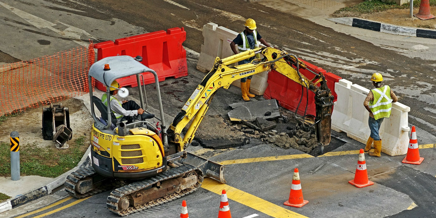traffic-control-devices-road-construction-channelizers